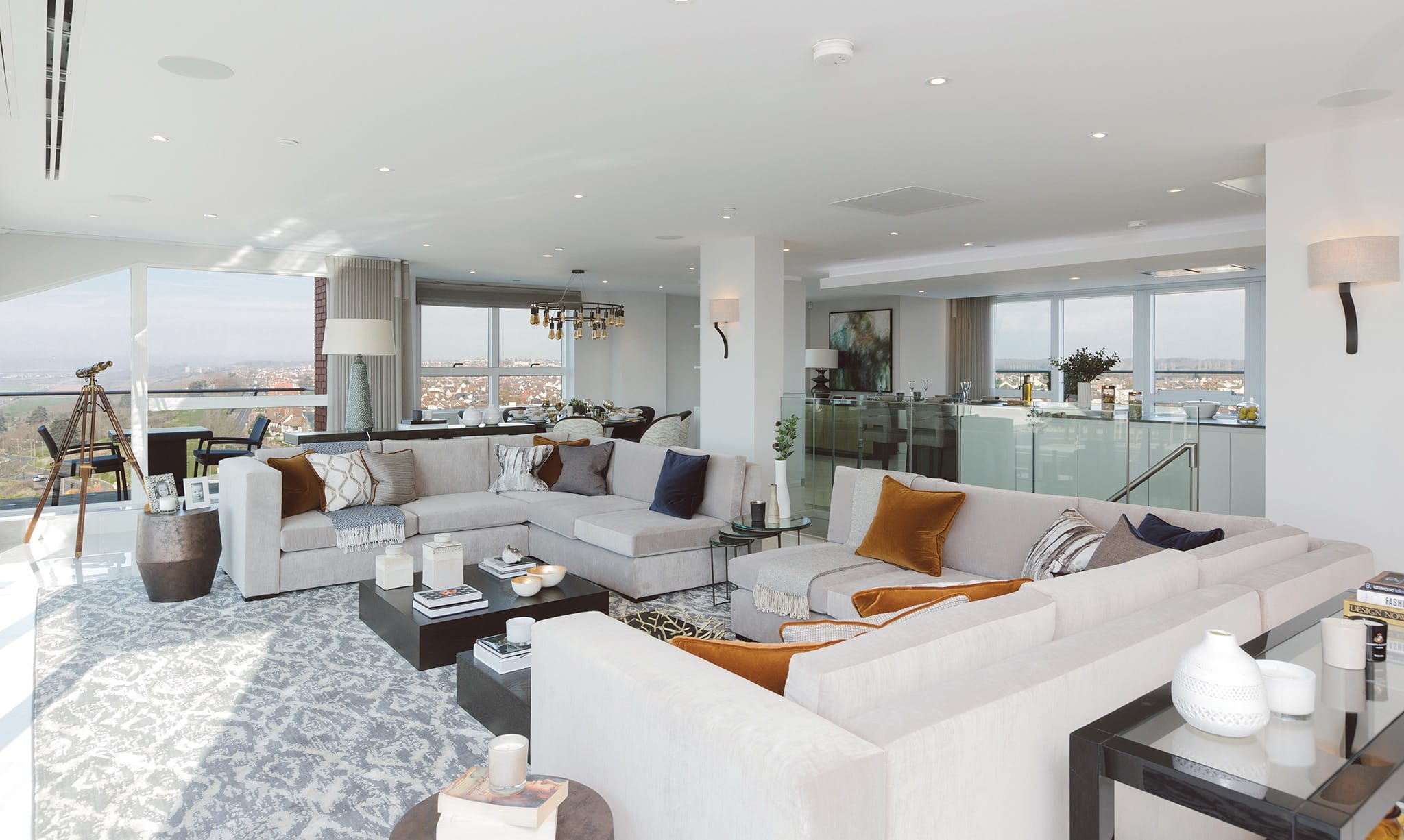 Lounge area in Eden Point Penthouse