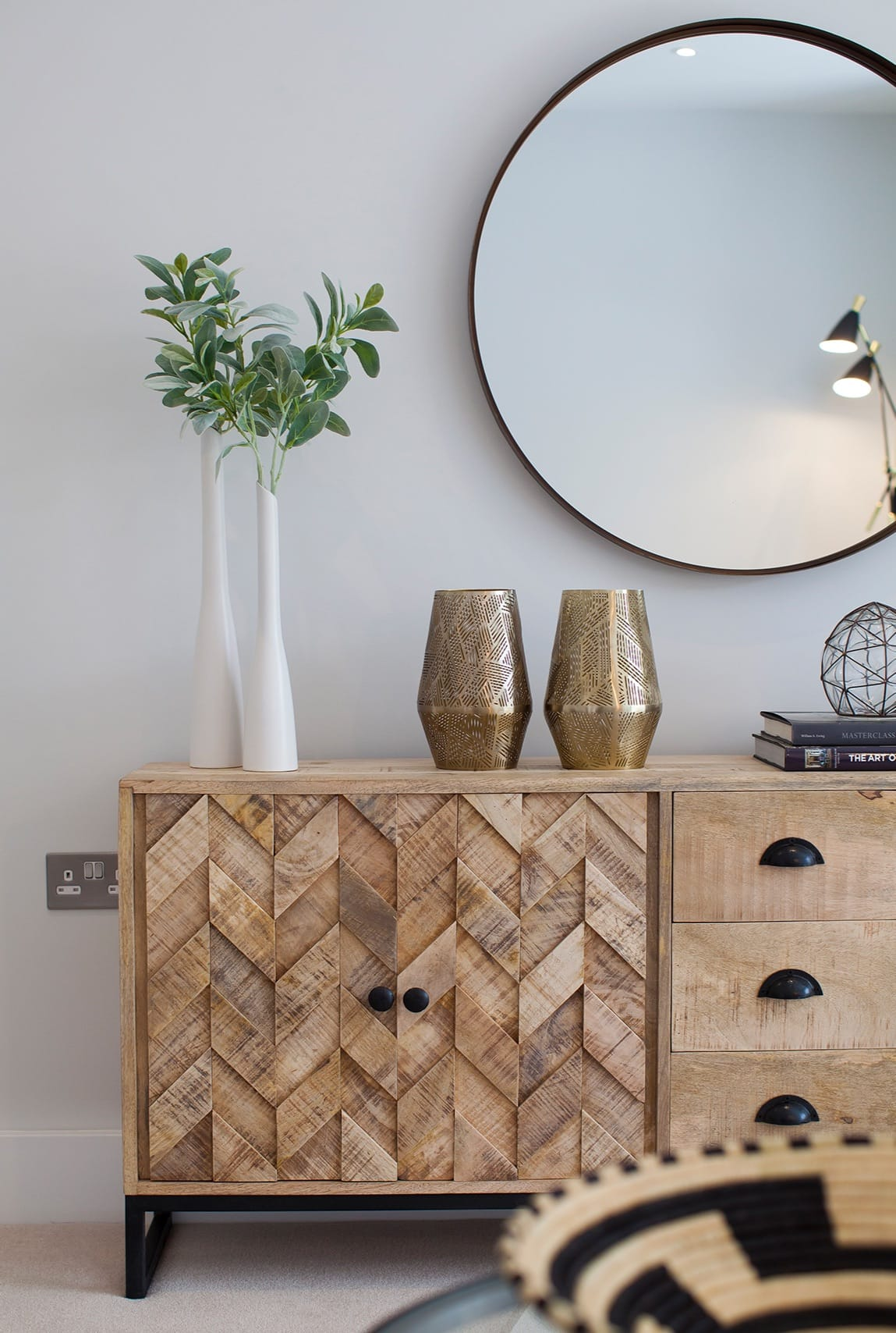 Photo of dressing table